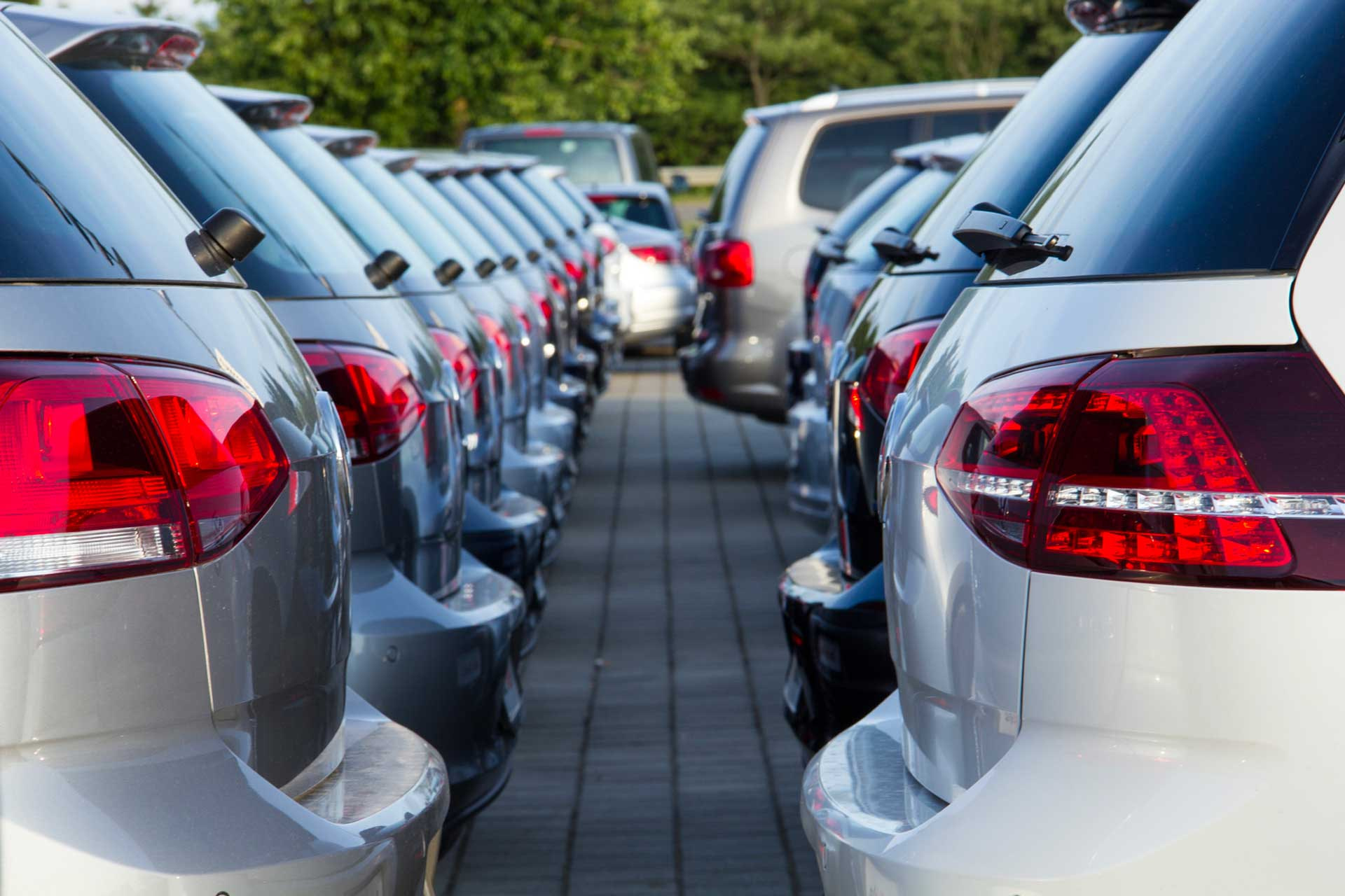 Les agences Allianz Papalia Auch, Fleurance et l'Isle Jourdain proposent une offre d'assurances pour tout type d'automobiles que vous soyez particulier ou professionnel.